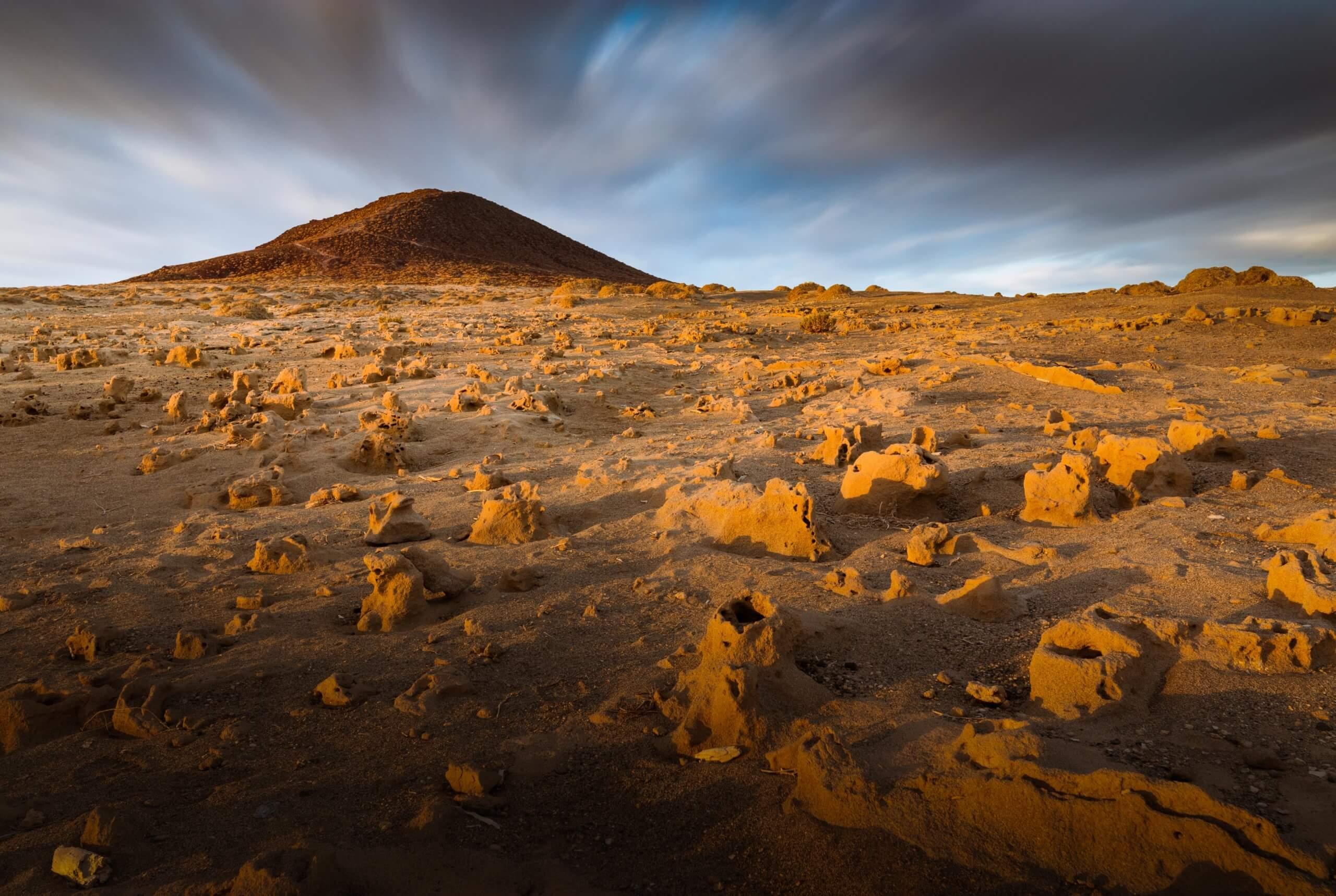 Lainakai, Montaña Roja, La Tejita, El Médano, Sismitas